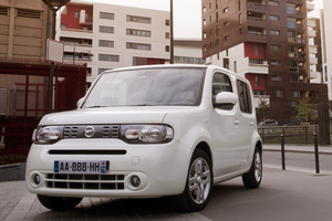 nissan_cube.png