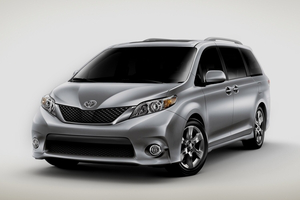 toyota_sienna.png